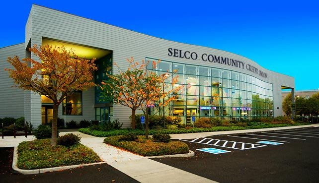 Photo of a SELCO branch location