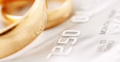 5 Wise Ways Couples Can Use Credit Cards When Planning a Wedding