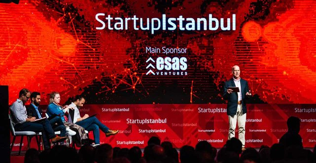Photo of speaker at Startup Istanbul