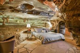 Honeymoon Suite Photo