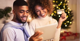 11 Credit Card Perks For Holiday Shoppers