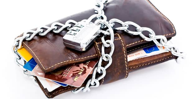 5 Easy Ways to Protect Your Credit Cards