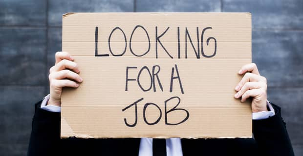 5 Credit Card Tips for Unemployed People