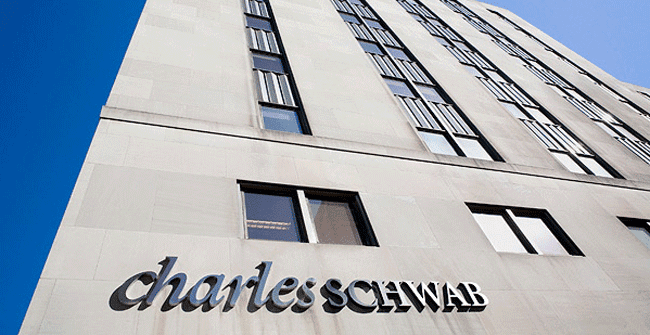 American Express Announces Charles Schwab Co-Branded Cards