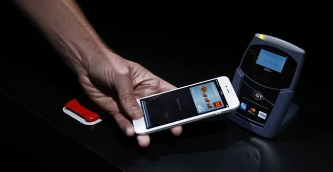 Despite Its Appeal, Apple Pay is Off to a Bumpy Start