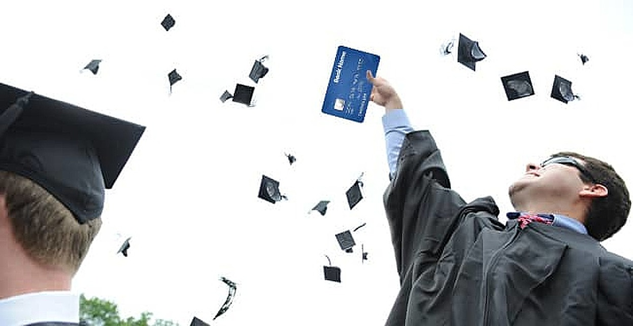 4 Reasons Why Paying for College with Credit Cards is the Worst