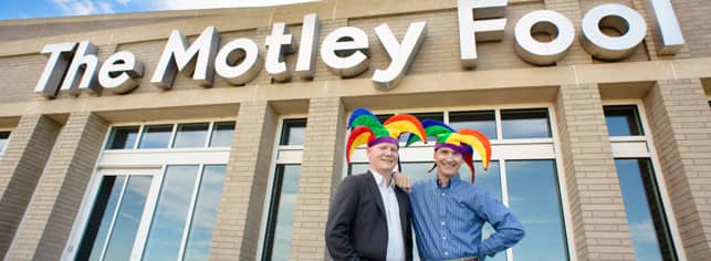 Photo of Tom and David Gardner in front of The Motley Fool headquarters