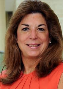 Headshot of Sarah Quinlan, SVP of Market Insights at Mastercard Advisors